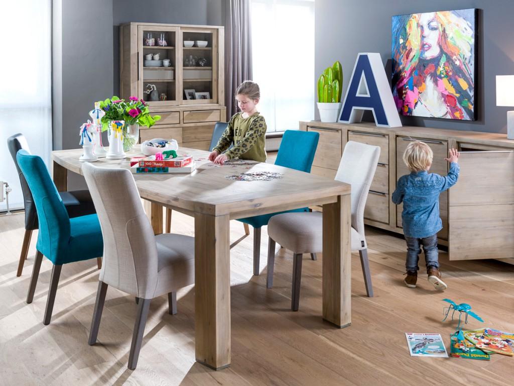 vrouw beslist bij meubelaankoop henders hazel meubelen. Black Bedroom Furniture Sets. Home Design Ideas